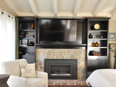 Elegant fireplace and high definition 55' Samsung TV