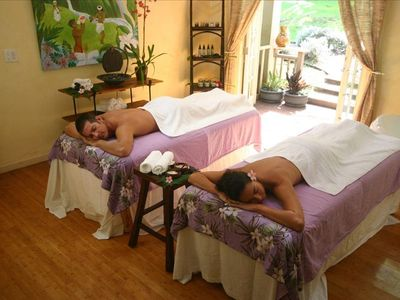 Ho'omana Couples Retreat involving Lomi Massage, Body Polish & Aromatic