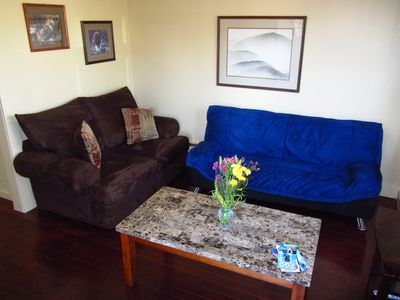Seattle apartment rental - Living Room with designer furnishings