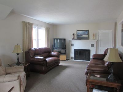 Spacious living room - plenty of room for everyone