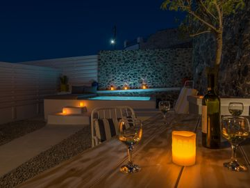 See Santorini suites with Private Jacuzzi and yard