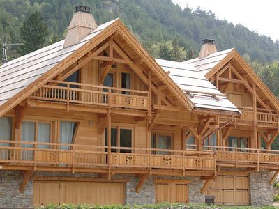 A traditional but modern cabin