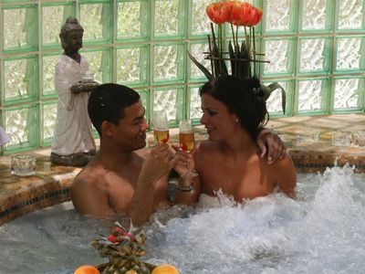 Jacuzzi at the Tierra Del Sol Club House. (all resort amenities included)