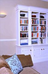 Edinburgh apartment photo - Bookcase in lounge