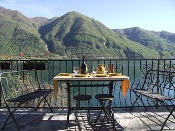 Lake Lugano villa rental