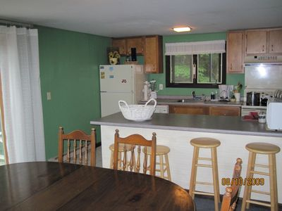 Wilmington house rental - Kitchen and dining area