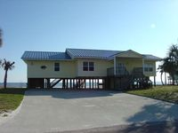 Fish House - 4 bed/3 bath beachfront/bay front Alligator Point