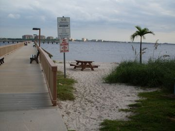 Cape Coral Pier - see our wonderful sunsets only minutes from the villa