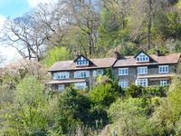 BAY VIEW HOUSE, family friendly, with a garden in Lynmouth, Ref 22126