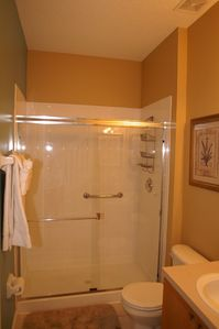 main floor bathroom, adjoining queen bedroom