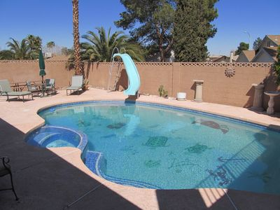 Full pool & patio area, private, peaceful