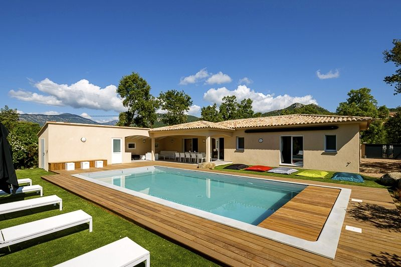 Villa neuve 4 chambres 3 sdb 8 10 couchages pool for Pool house piscine