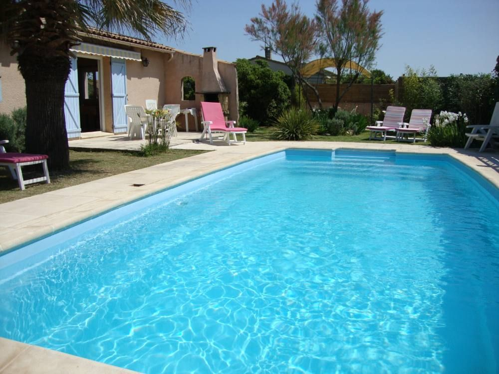 Accommodation near the beach, 95 square meters, , Redessan