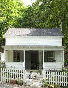 Hillsdale cottage rental