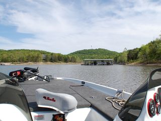 Branson cabin photo - fishing on Table Rock Lake!