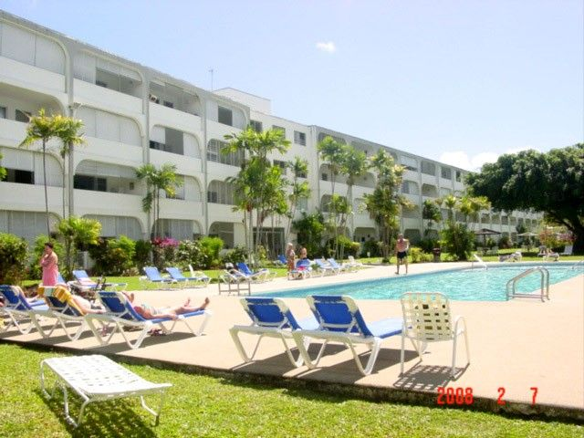 Spacious, comfortable apartment on fabulous west coast at Sunset Crest, Holetown