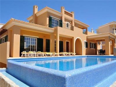 Luxury holiday home for 6 persons, with swimming pool, in Lagos
