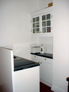 WORKTOP AREA with toaster