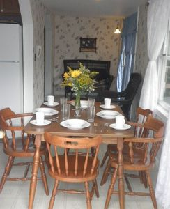 Dinner table for 6 with all you need for a very special dinner or romantic time!