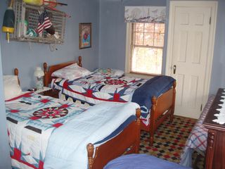 Hampton Beach house photo - Four twin beds