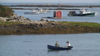 Kennebunkport cottage photo - Rowing out front at mid-tide