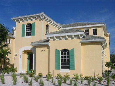 Beautiful Fort Meyers, Florida - Lucaya - Graycliff Sect. - 4 units per building