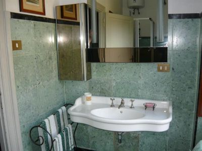 Albano Laziale villa rental - one bathroom