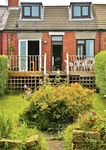 SEA VIEW, family friendly, with open fire in Port Mulgrave, Ref 2460