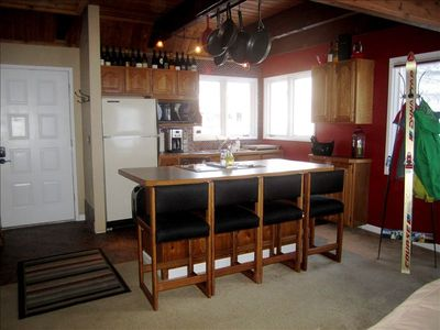Girdwood chalet rental - Kitchen