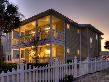 Inn at Crystal Beach house rental - Welcome to 'Sand Dollar'