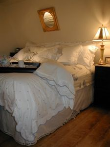 Cottage King bed.