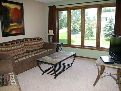 Family Room on Upper Level, Cable TV, DVD, VCR, Wireless Internet