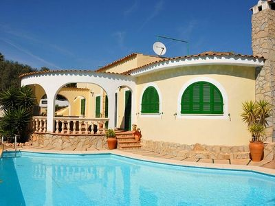 Detached holiday house with pool, 8 minutes to 3 beautiful beaches