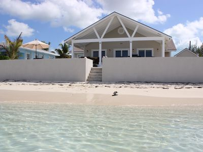 ***  AMAZING Getaway   ***     Water Front Home On Great Exuma