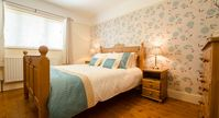 Sophisticated Quality Family Cottage in Braunton | Jaccuzi Spa Bath and Towels