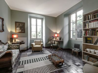 Charming Apartment In Como Camerlata With Private Garden And Parking Space