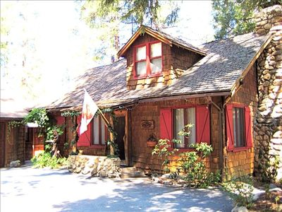 Idyllwild cabin rental - Charming historic 1925 cabin in perfect condition! Wood shingles & red shutters!