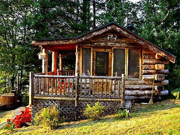 Cabin with Sitting Decks and Cedar Hot Tub