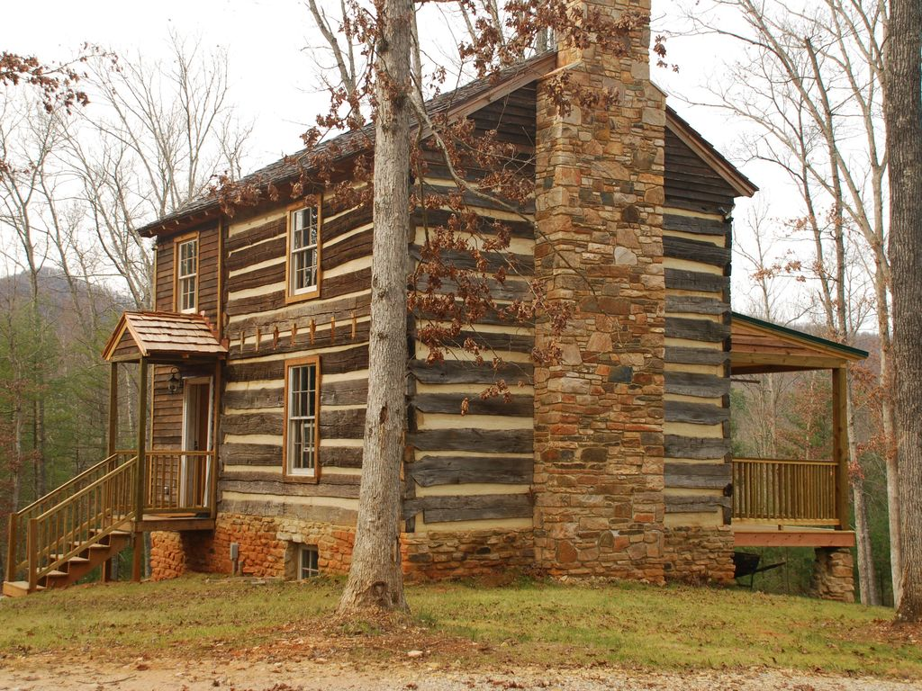 Historic cabin with beautiful view of the blue ridge for Colonial log homes