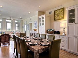 Port Aransas condo photo - Dining area