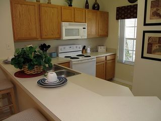 Emerald Island townhome photo - Fully equipped kitchen