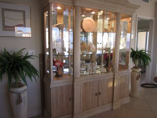Pensacola Beach condo photo - Beach showcase Cabinet