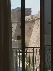 Mola di Bari apartment photo - Bedrooms. balcony view