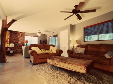 Three Rivers house rental - Living room and Nice open floor plan.