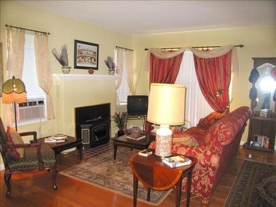 Enjoy Vine Street Victorian Showcase from the warmth of the living room.
