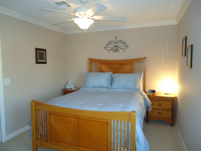 Palm Springs house rental - Queen SIze Bed Room 3
