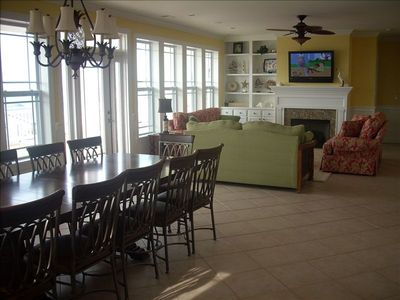 Gorgeous Main Living Room with Plasma TV, DVD & Dining Room Facing the Ocean.
