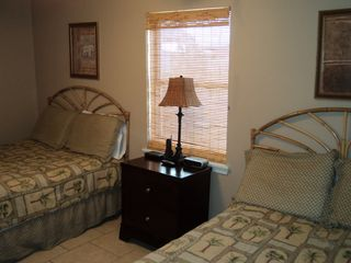 Gulf Shores condo photo - Bedroom with 2 Full Beds