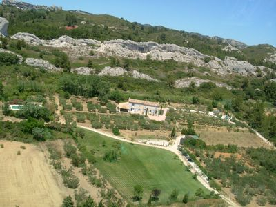 Alpilles with exceptional views of the Crau
