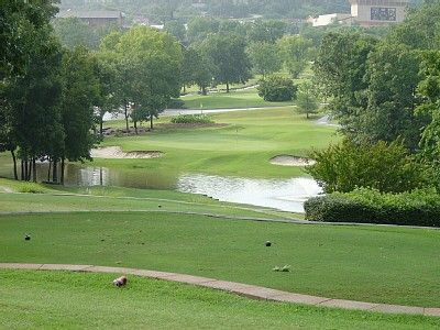 Branson condo rental - Signature Hole Par 3 12th Hole